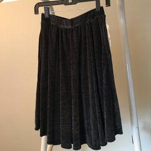 NWT grey velvet LuLaRoe Madison skirt XS